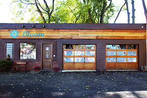 Exterior Photo Bloom City Club